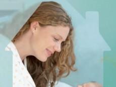 Couverture dépliant retour à domicile après un accouchement, sortir de la maternité